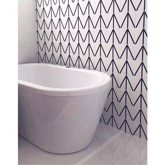 Azulejos Tunis  // Shop Online www.lurca.com.br/ #banheiro #lavabo #bathroom #restroom #lurca #lurca_azulejos #azulejos #azulejosdecorados #revestimentos #arquitetura #interiores #decor #design #reforma #decoracao #geometria #casa #ceramica #architecture #decoration #decorate #style #home #homedecor #tiles #ceramictiles #homemade #madeinbrazil #saopaulo #sp #brasil #brazil #design #brasil #braziliandesign #designbrasileiro