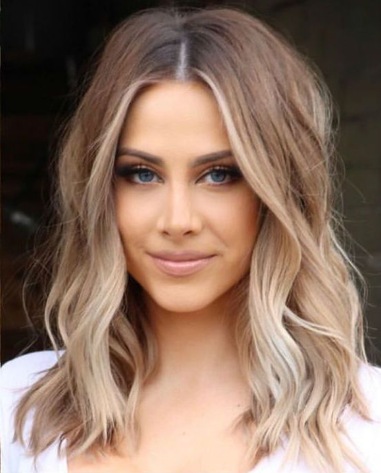 Glorious Mid Length Celebrity Hairstyles 2019 To Consider