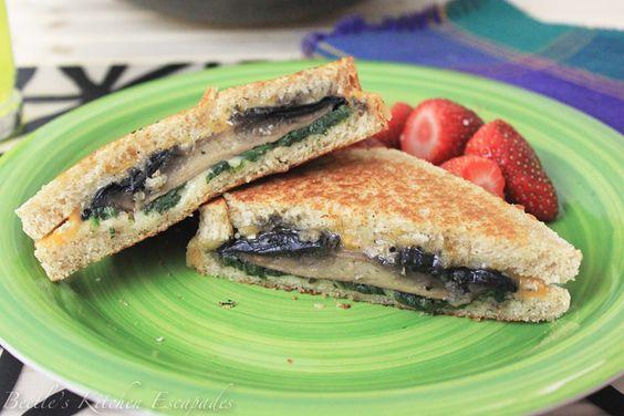 Roasted Portobello Mushroom & Spinach Grilled Cheese Sandwich | My ...