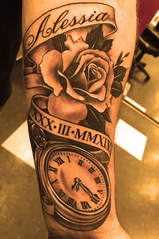 5 Roses Tattoos Design And Meaning Rose And Clock Clock And Rose Tattoo Clock Tattoo Tattoo Designs And Meanings