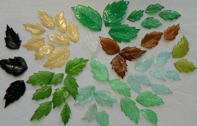 DIY Leaf Lamp Shade from Plastic Bottles: