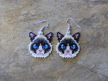 Grumpy Cat Earrings Hand Made Seed Beaded by wolflady on Etsy