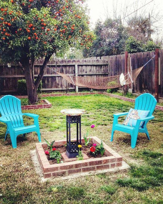 My little #oasis I'm pretty excited lol. Last post I swear #sacredspace#backyard#boho#hippie#hammocklife by @lost.in.cyn