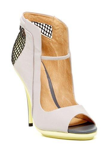 L.A.M.B. Skylar Open Toe Sandal