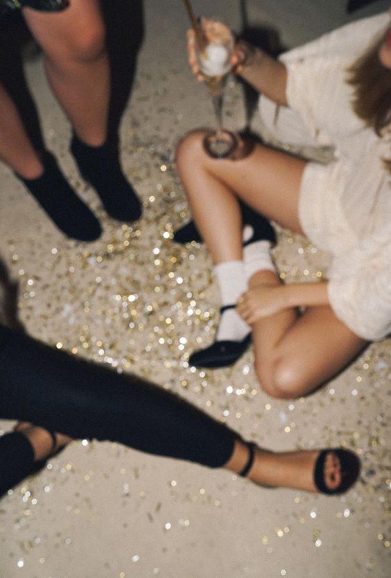 About A Girl: Jess Hannah: