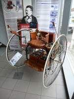 Electric Tricycle, das 1881 in den USA gebaute Elektrofahrzeug hatte eine Reichweite von 40Km und fuhr 14Km/h, Museum Autovision Altlußheim, Sept.2014