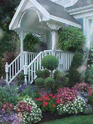 Gorgeous!: Front Gardens, Garden Ideas, Frontyard, Front Yard Gardens, Front Yards, Front Entrance, Front Entryway, Bostonfernfrontporch Jpg, Front Porches