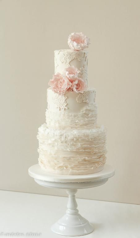 wedding cakes with frills the world s catalog of ideas 26033