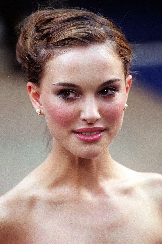 Natalie Portman A Pleasant Darling Hair Styles Natalie Portman Hot Red Carpet Hair