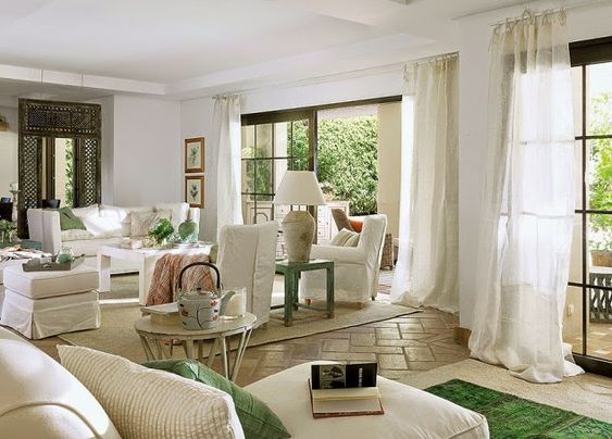 Vicky's Home: Una casa con encanto andaluz / A house with Andalusian charm