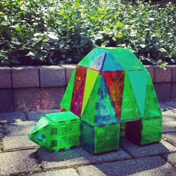 Magna-Tiles turtle!