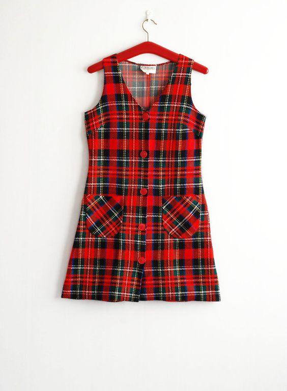 Red dress online viral blue