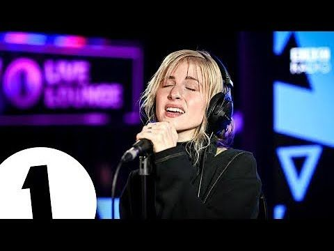 Hayley Williams Simmer In The Live Lounge Youtube Hayley Williams Williams Hayley