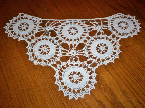 Vintage Hand Crocheted Lace Sofa Arm Chair Vanity Doily 12 x 19.5 White Must SEE