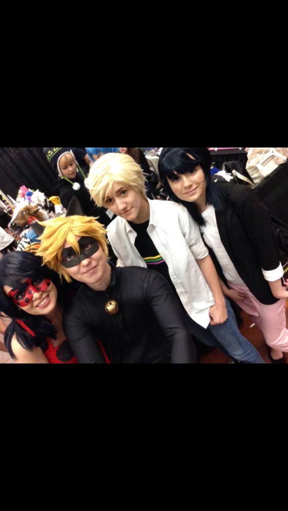 I went to comicon today. I saw a Ladybug, Chat Noir, Marinette, Lady Wifi, Steampunk Ladybug, and Steampunk Chat Noir. But of course I failed to get a picture and instead sang the theme song in my head. So here is a picture from online.