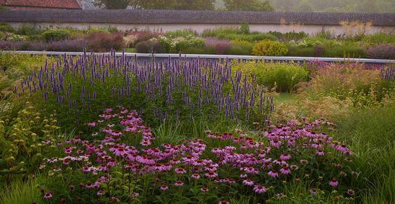Tom Stuart Smith - Wiltshire Garden