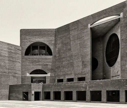 Indian institute of management in ahmedabad india louis for Louis kahn buildings