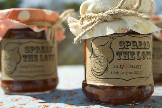 'Spread the Love' Chutney Favour Stickers - Wedding in a Teacup