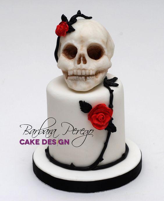 gothic una torta nata dall idea di trasformare un tatuaggio in un