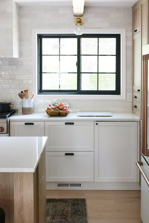 This Stunning Kitchen Makeover By Chris Loves Julia Features An Ingenious Ikea Hack In 2020 With Images Budget Kitchen Makeover Modern Kitchen Design Kitchen Makeover