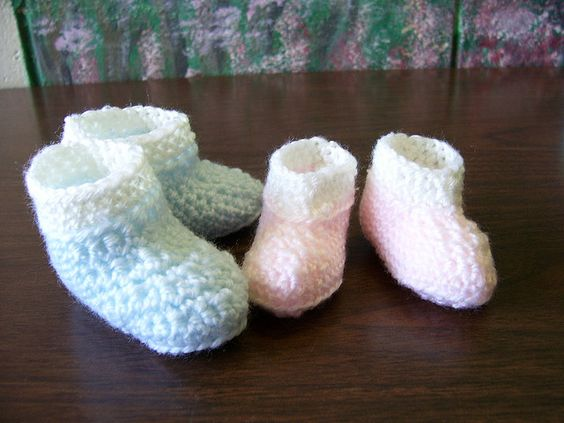 Crochet Patterns For Premature Babies : crocheted baby booties by picable, via Flickr crochet ...