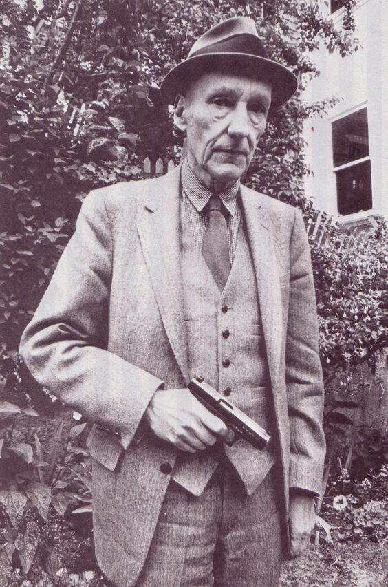Ο William S. Burroughs κάπου στο Σαν Φρανσίσκο. Φωτογραφία: Ruby Ray (από το αμερικανικό περιοδικό RE/Search #4/5 του 1982).