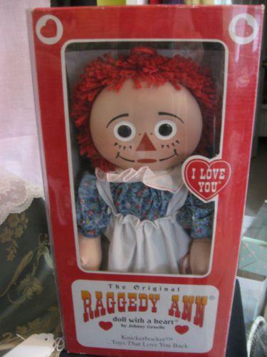 KNICKERBOCKER-RAGGEDY-ANN-PORCELAIN-FACE-PANCAKE-FACE-IN-BOX-NRFB
