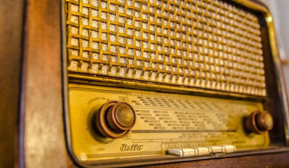 Marcello Bacci: Communicating With The Dead Through an Old Radio - HistoryDisclosure.com