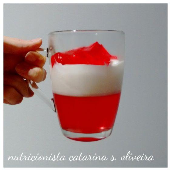doce de gelatina e iogurte