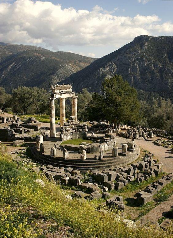 希臘達德爾斐(Archaeological Site of Delphi, Δελφοί)| Oracle of Delphi, Greece - still gonna get there one day!
