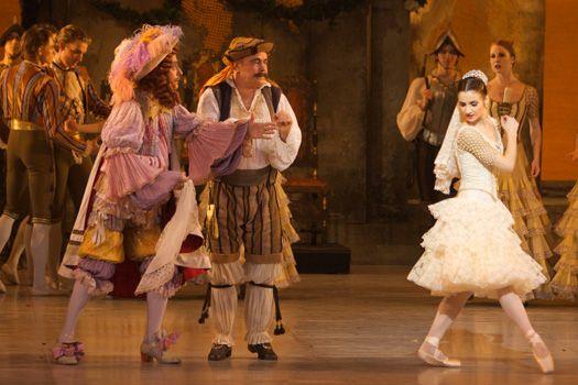 Flemming Ryberg as Gamache, Kenn Hauge as Lorenzo, & Diana Cuni as Kitri in the Royal Danish Ballet's DON QUIXOTE