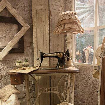 SO vintage  ~  a WHITE painted antique sewing machine table ~ G E N I U S  ❣