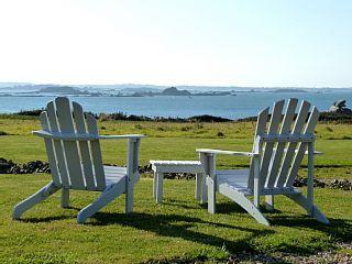 Vue+mer+panoramique,+plage+à+pieds,+site+exceptionnel+en+Bretagne.++++-+Ty+LouzouLocation de vacances à partir de Région de Morlaix @homeaway! #vacation #rental #travel #homeaway