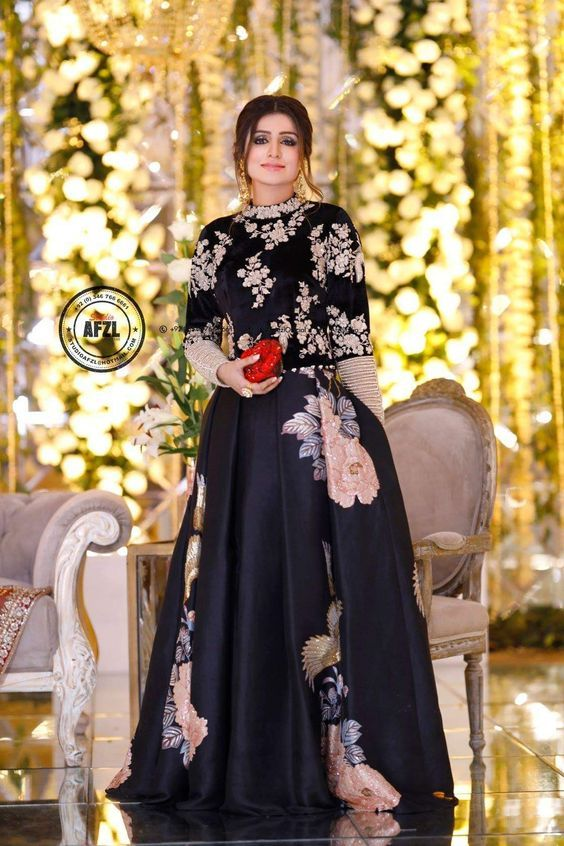 Latest Black Color Dresses Combination Asian Trends 2020 2021 Pakistani Bridal Dresses Pakistani Fashion Party Wear Pakistani Wedding Outfits
