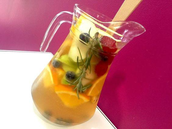 Si en verano es una de las bebidas que más nos gustan, ¿por qué renunciar a ella en invierno si podemos adaptarla gracias a DULCE MUFFIN? ¡Apunta la receta!