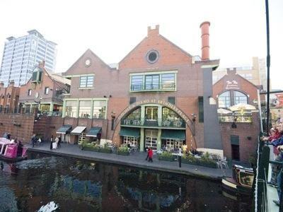 9- Pitcher & Piano - Birmingham