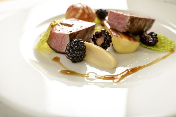 Mains - Russell Up