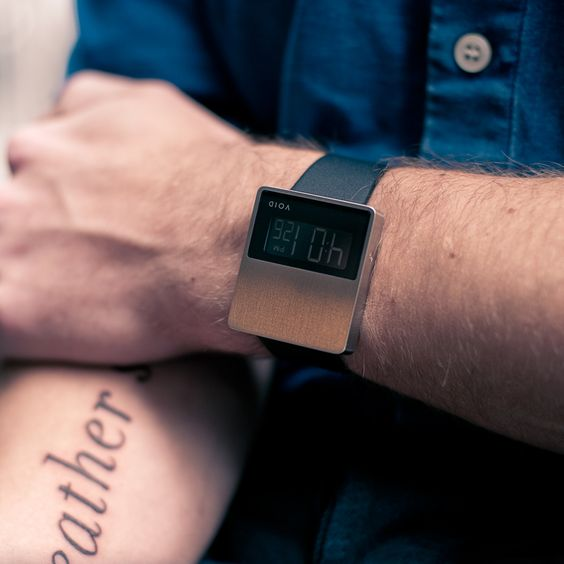 V01EL Wrist watch / design by David Ericsson. Great for Nathaniel.
