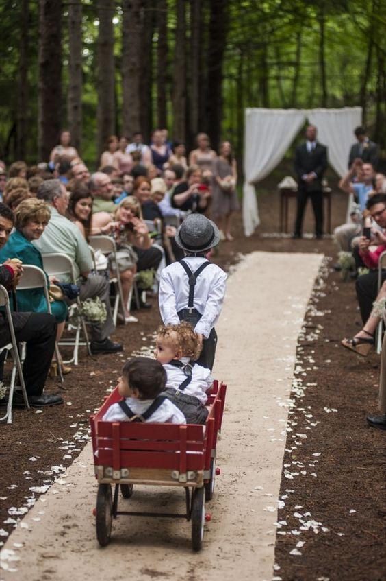 outdoor wedding / ring bearers / wagon