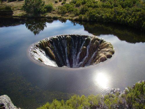 Covão do Conchos Hells Well [2048x1536] - Amatorial... -  Covão do Conchos Hells Well [2048x1536] - Amatorial Photographers http://ift.tt/1VAUqlF