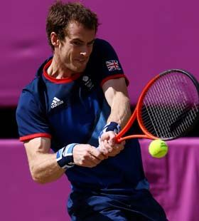 British tennis player Andy Murray gave the hometown crowd quite a show Sunday (Aug. 5) when he defeated tennis great Roger Federer of Switzerland to take the 2012 Summer Olympics gold medal.