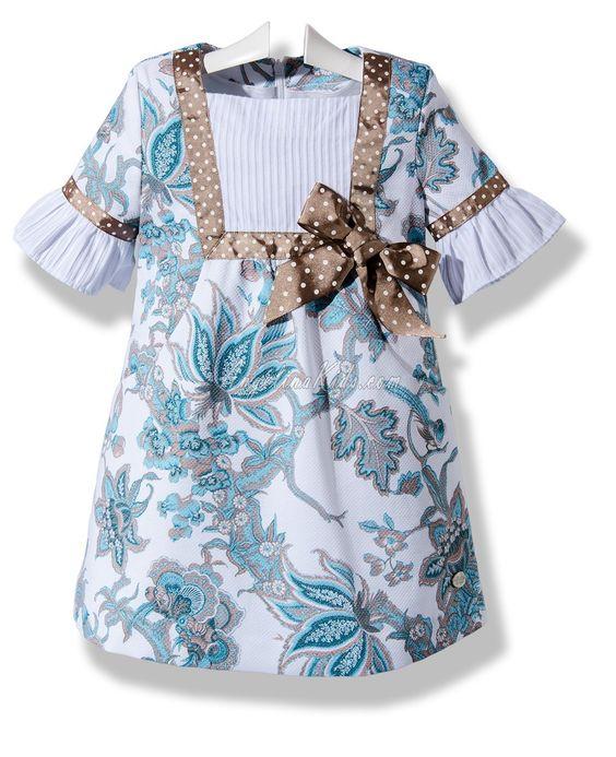 Vestido de verano para niña en pique estampado: Ropita Carlota, Sewing Dresses, Pique Estampado, Girl Dresses, Baby Clothes, Girls Dresses, Summer, Stella Pattern