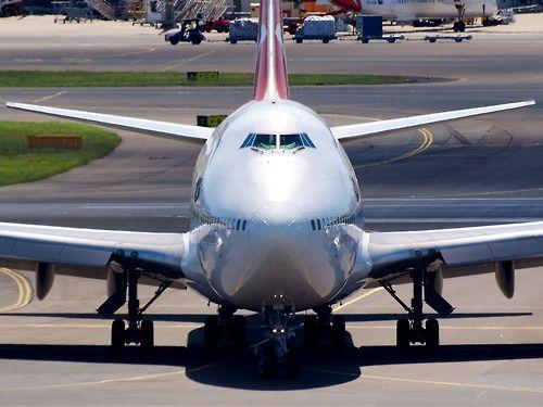 Qantas 747-400 at Sydney  Type: Boeing 747-438  Registration: VH-OJD  Location: Kingsford Smith International  Date: 27/11/2011