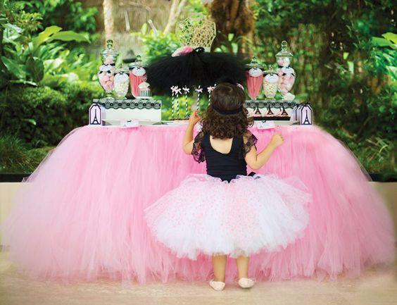 {Je Taime Paris} Chic Ballerina Party #hwtm #ballerinaparty