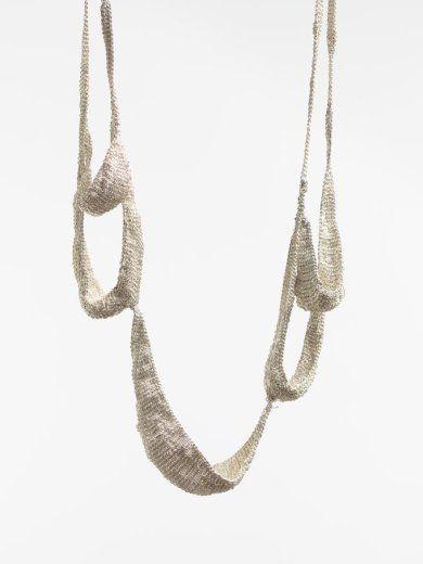 Ria Lins - Five Loops - silver & thread