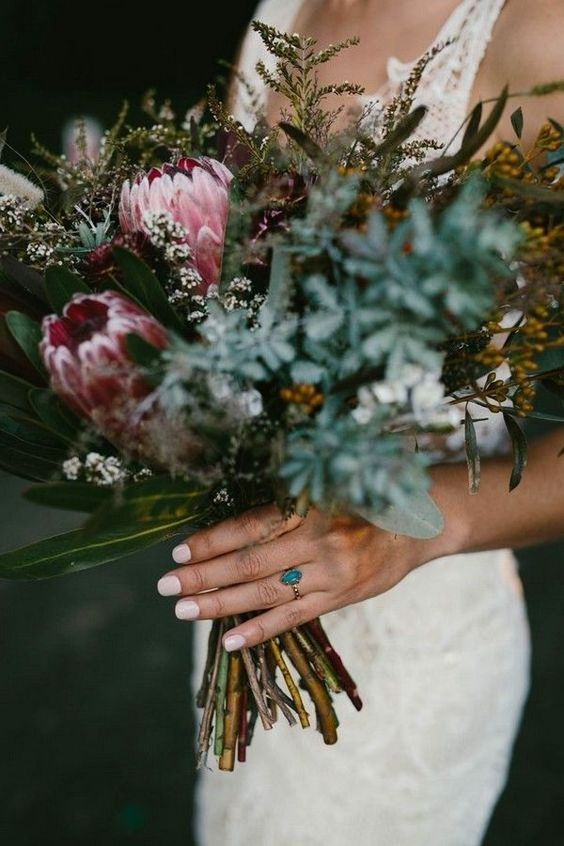 moody fall wedding bouquet ideas with proteas #wedding #weddings #weddingbouquets #weddingtables #himisspuff