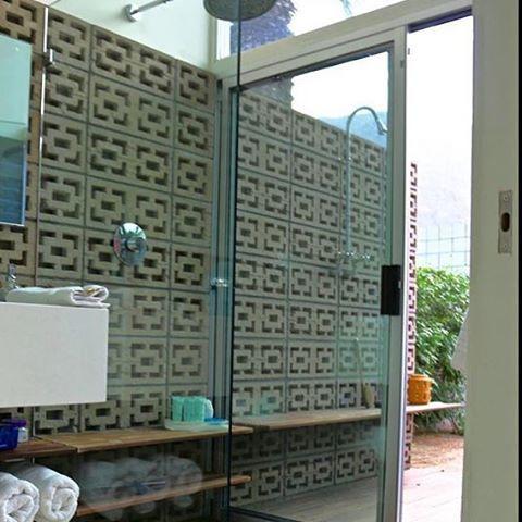 Bathroom breezeblocks