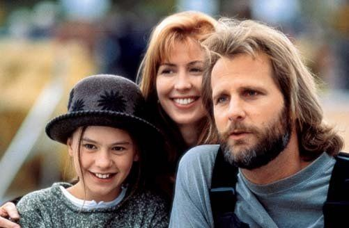Jeff Daniels, Dana Delany and Anna Paquin in Fly Away Home