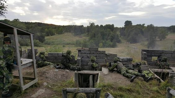 Swedish Soldiers during a trench warfare exercise [2048x1152][OC]