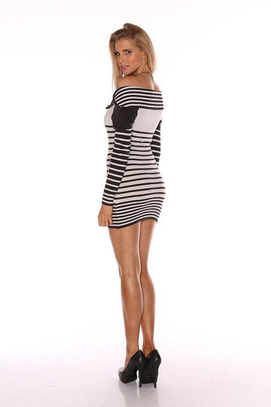 Nice firm legs in a very short dress. - ARMAS - Pinterest - Shorts ...